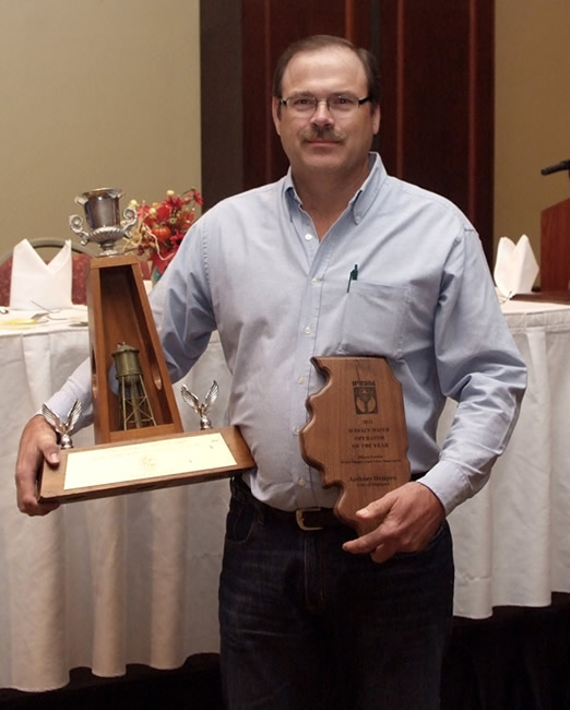 surface-water-winner-trophy-and-plaque1